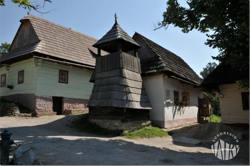 """Wystawa fotografii Stefana Izo pt. """"WILKOLINIEC - PERŁA LIPTOVA"""""""