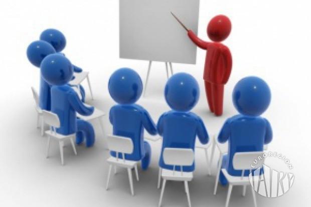 """Konkurs ofert na przygotowanie i przeprowadzenie dwóch cykli szkoleń w ramach projektu pt. """"Transgraniczne Centrum Edukacji Euroregionu """"Tatry"""""""