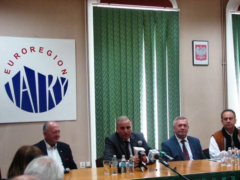 """Wizyta Ministra Spraw Zagranicznych Grzegorza Schetyny w Euroregionie """"Tatry"""""""