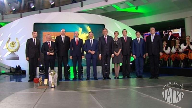 """Wójt Gminy Jabłonka, Prezes Euroregionu """"Tatry"""" zwycięzcą plebiscytu """"Wójt Roku 2015"""""""